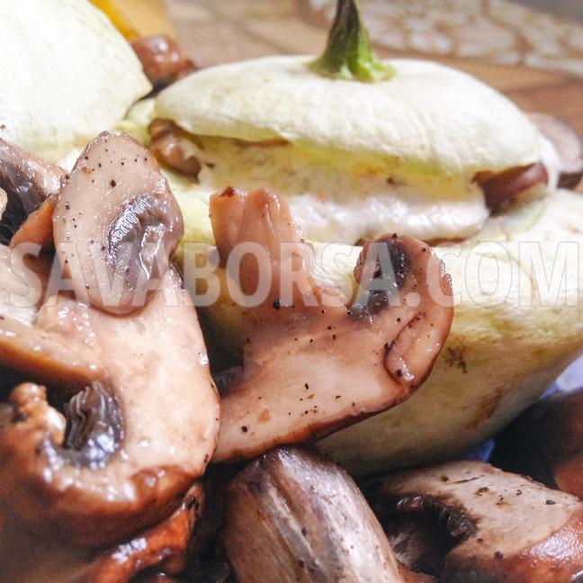 baconos-gombaval-toltott-csillagtok-chilis-sajtszosszal2