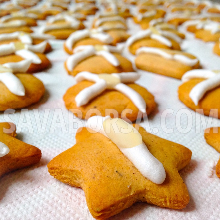 vanilias-mandulas-mezeskalacs