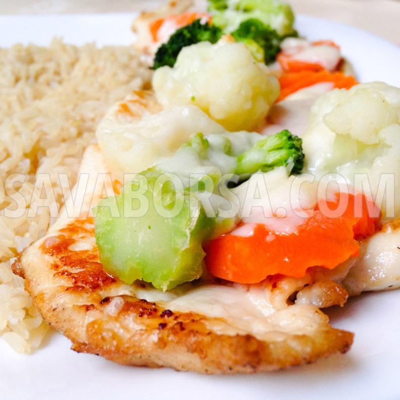 zoldseges-sajtos-csirkemell