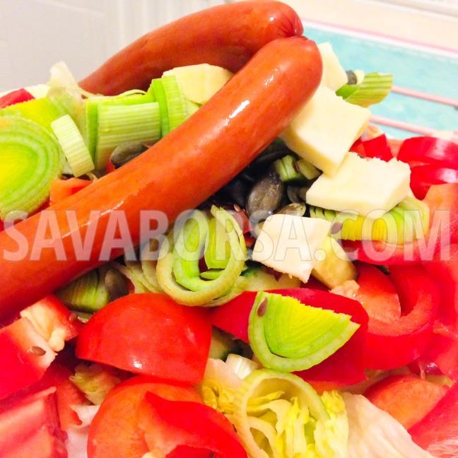 becsi-virsli-porehagymas-salataagyon