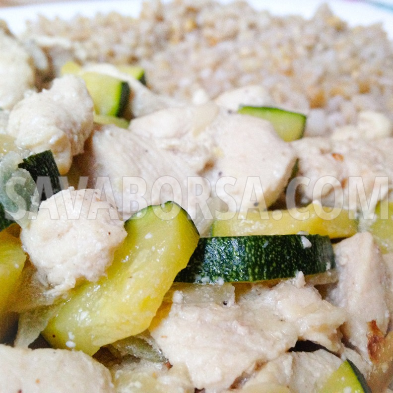 cukkinis-tejfolos-csirke-gerslivel