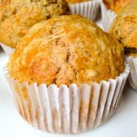 Teljes kiőrlésű ementáli sajtos muffin