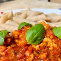Paradicsomos csirkemellcsíkok olaszosan