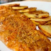 Paprikás lisztben sült hekkfilé