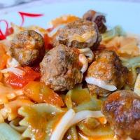 Paradicsomos húsgombóc olaszosan, tojás nélkül
